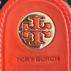 Tory Burch Vaughn orange jellies w gold hardware